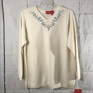LIZ CLAIBORNE IVORY EMBROIDERED SWEATER  SIZE XL